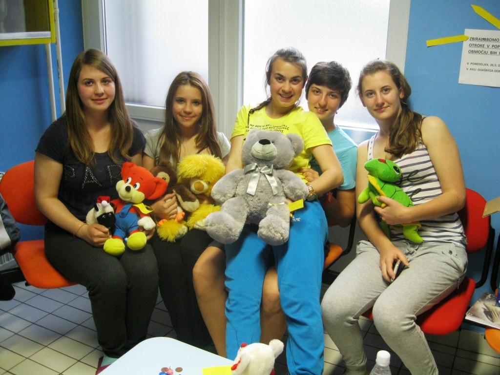 Zbiranje igrač za otroke v BIH in v Srbiji